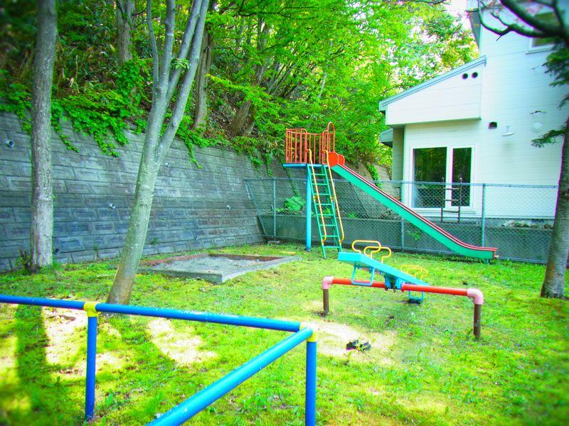 札幌の秘密の公園、不思議の国みたい?【旭山山麓公園】