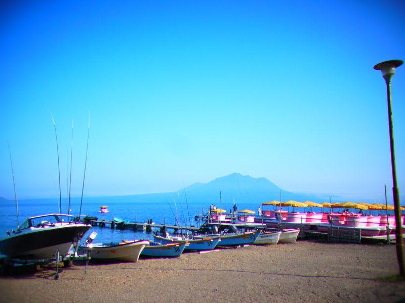 【支笏湖】ヒメマス釣り解禁で魚が釣れる!アヒルボートに乗れる!【貸釣りセット発見!】