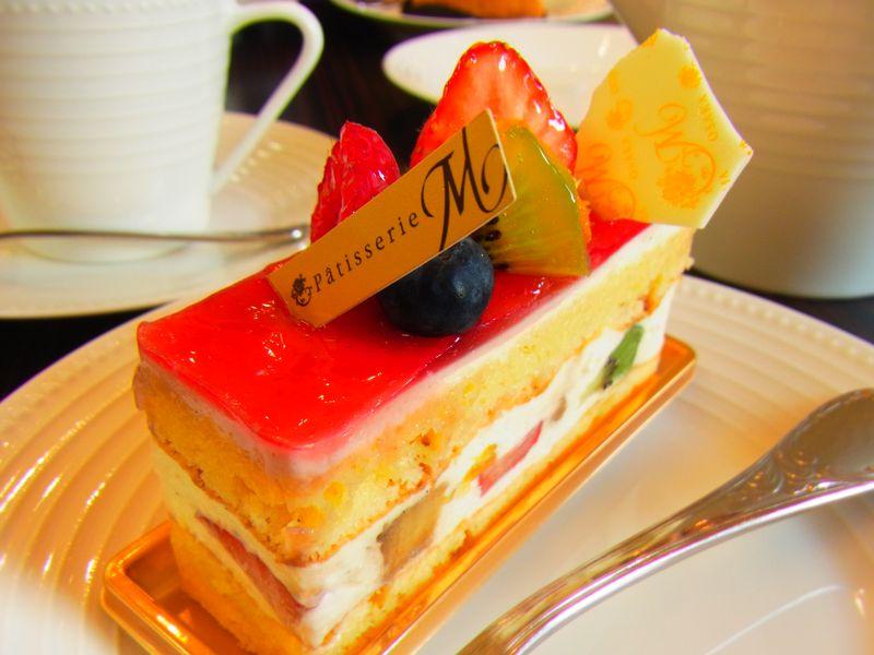 【Mon chouchou】サービス満点!人気ロールケーキ堂島ロールが美味しい!