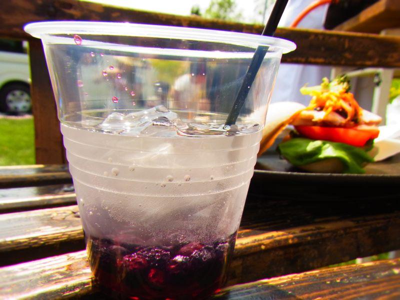 【森のカフェフェスinニセコ】まったり系音楽フェスで食べた!飲んだ!(お店・食べ物の様子編)
