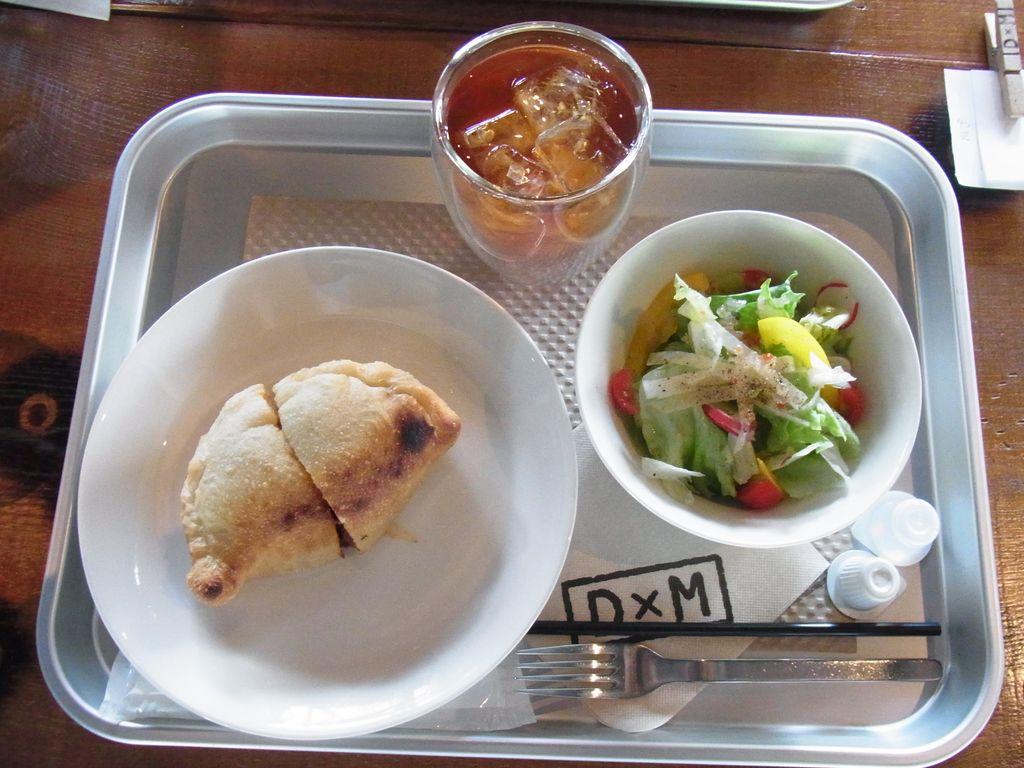 森彦系列カフェ『D×M(ディーバイエム)』で食べたやみつきピッツアフリッタとは?