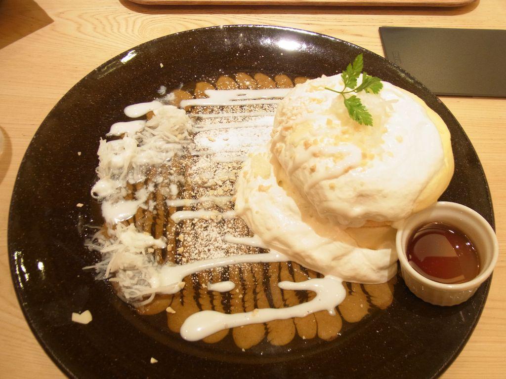 『OMS Café & Dining』流行に踊らされて食べたパンケーキの味はとろける程に甘かった