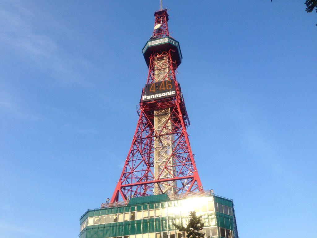 札幌観光は共通パスでお得に時計台とテレビ塔に登ろう!