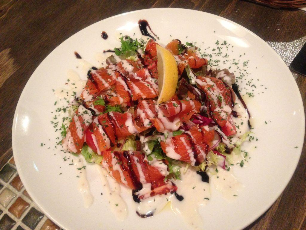 札幌・朝まで飲める美味スペインバル『ラ・パサダ』は美人のお姉さんが接客してくれて五感が幸せ!
