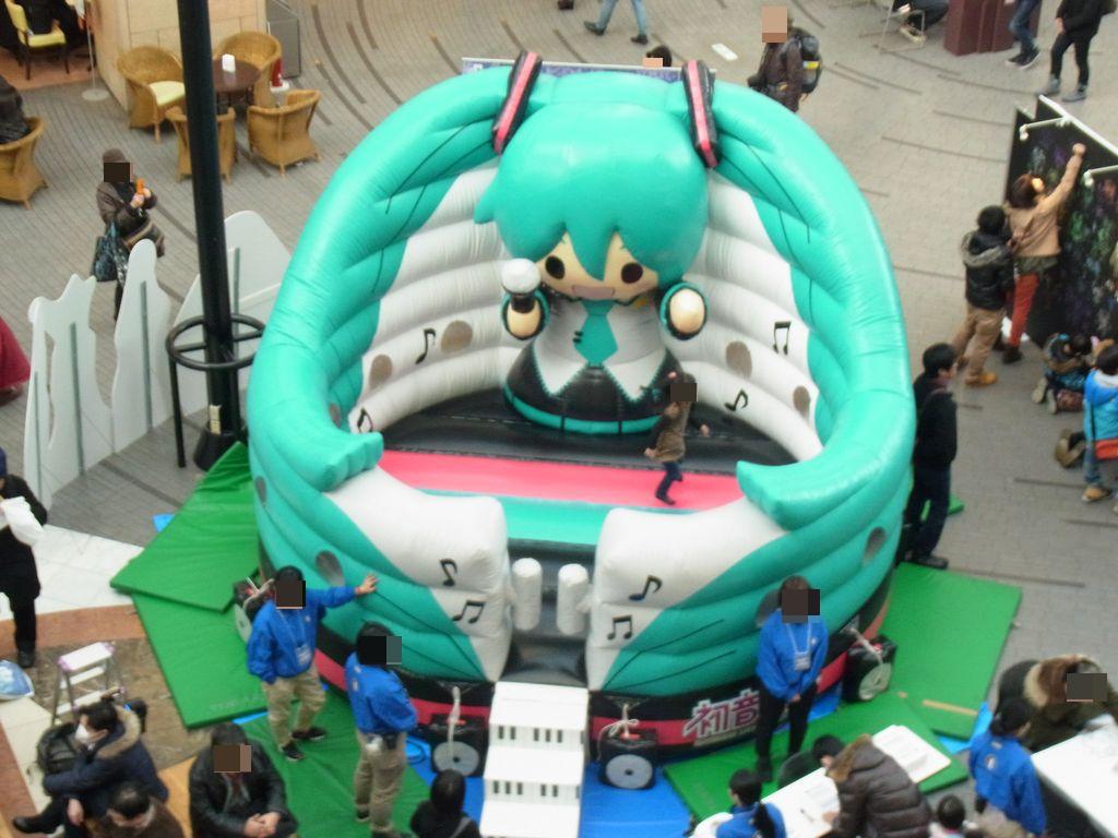 札幌ファクトリーのアトリウムで入場無料の雪ミクイベントをやってるぞ!2014年画像まとめ