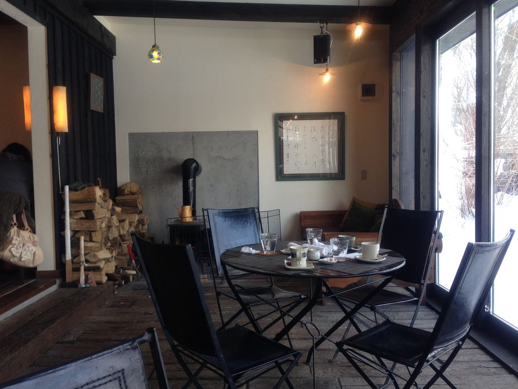 恵庭でテラスが素敵なカフェ『cafe 福座』で冬テラスを楽しむ!