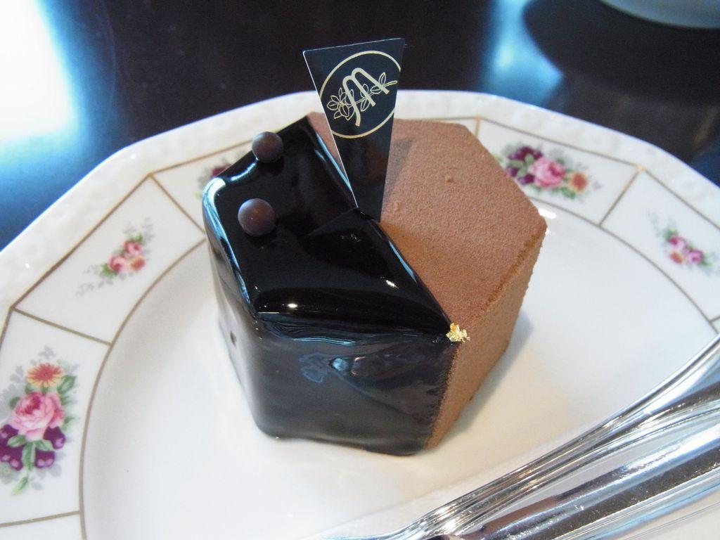 札幌で人気のチョコ専門店『ショコラティエ・マサール』で可愛いプリンセスを食べてきたよ!