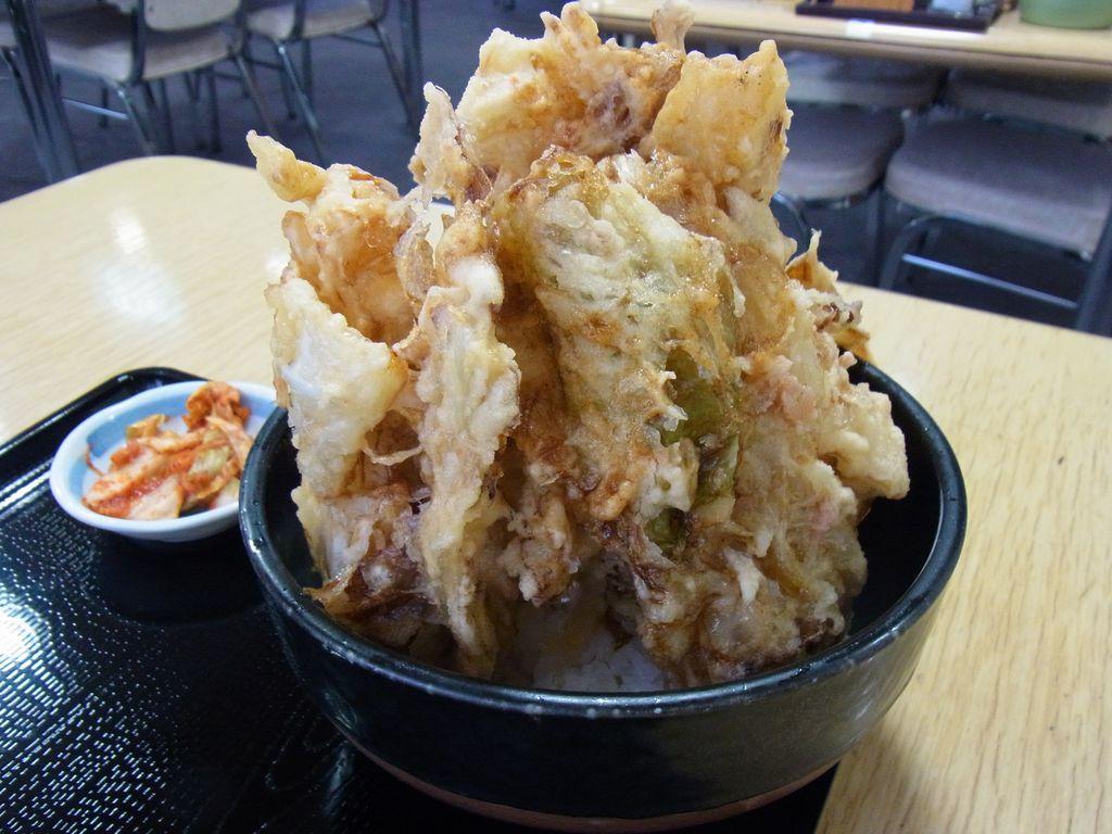 北海道・南幌/なんぽろ温泉ハート&ハート 『喰い処 味心』超大盛りキャベツ丼がこれだ!