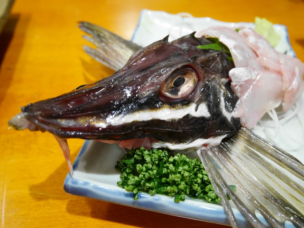函館駅近居酒屋『魚さんこ(ぎょさんこ)』はサービス満点で刺し身が美味しい昭和居酒屋!
