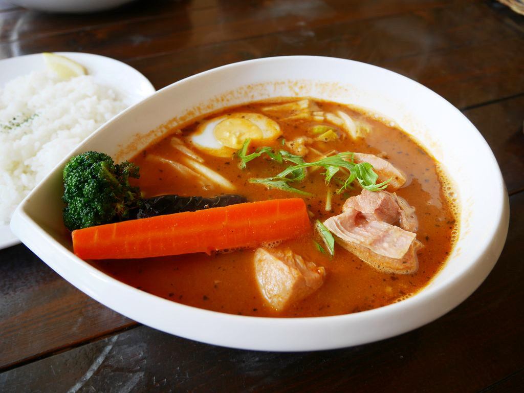 小樽・スープカレーの『ケラン』は見晴らしが綺麗な隠れ家的お店!